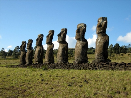 1653-1258553610-statues-iles-de-paques---450x337.jpg