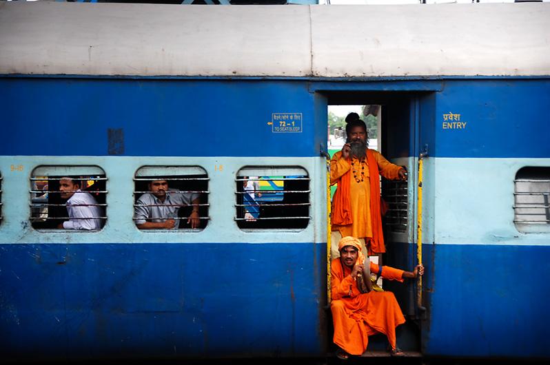 20081223124635_india_train.jpg