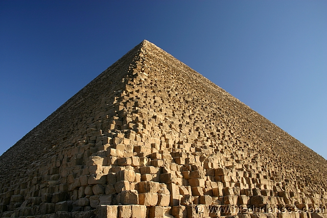 Great Pyramid of Giza2.jpg