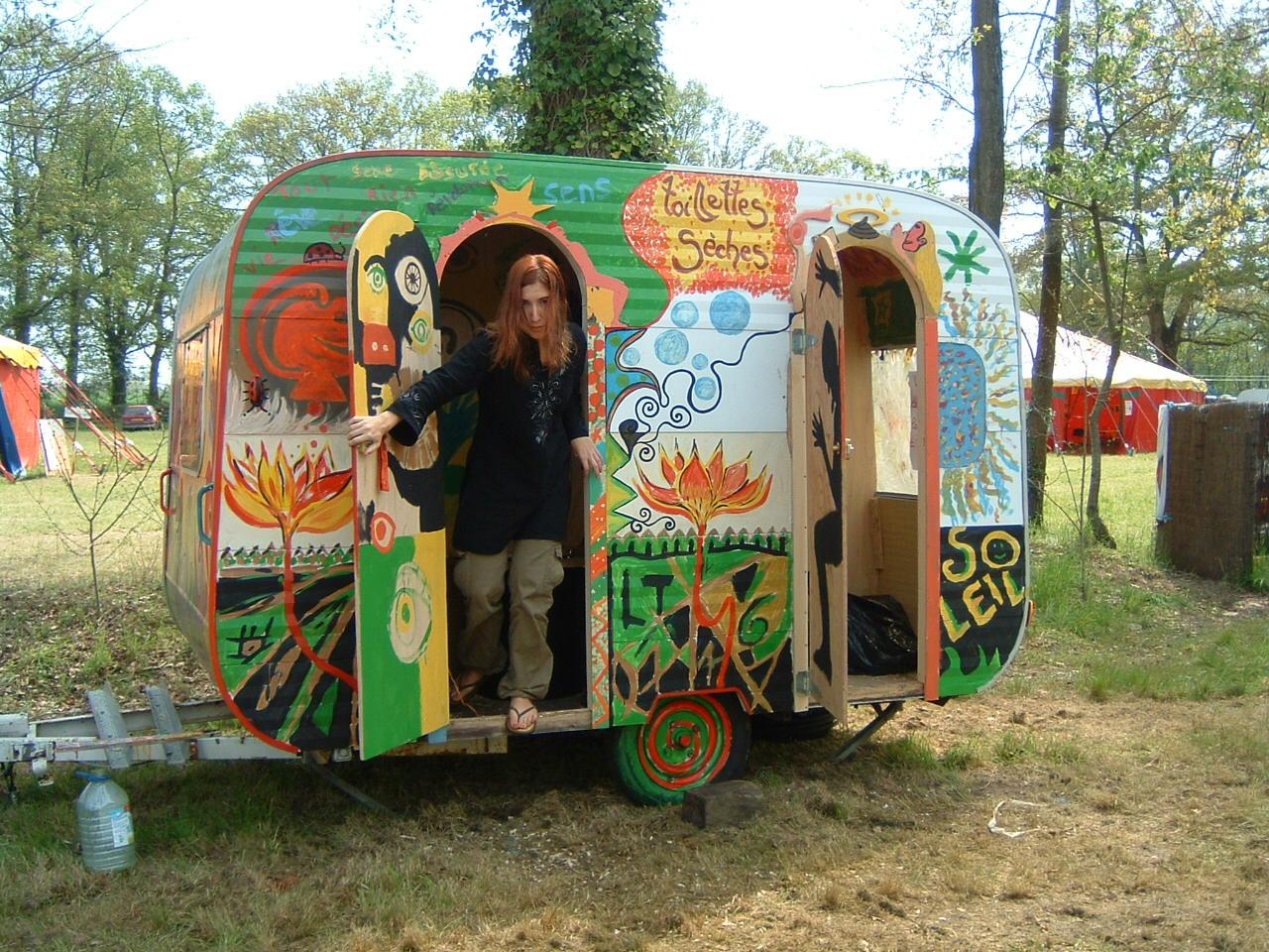 toilette-seche-caravane.jpg